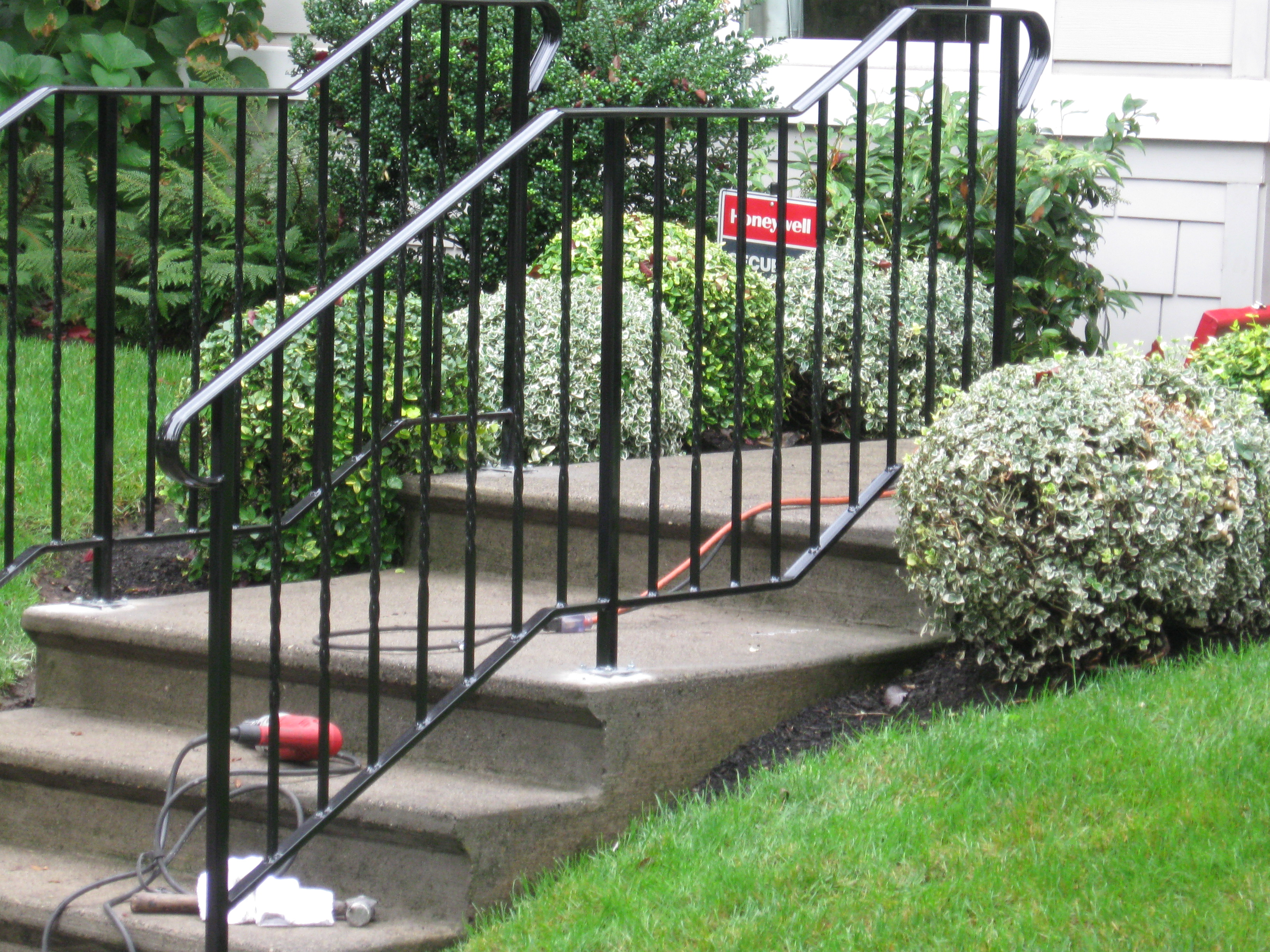 Custom Outdoor Railing